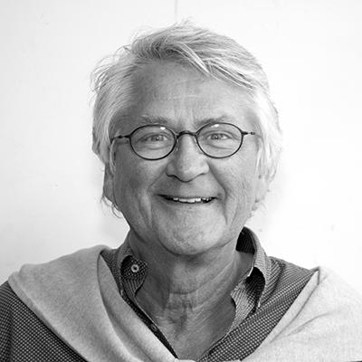 Nils Vogt salary